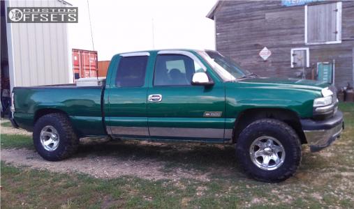 "1999 Chevrolet Silverado 1500 - 16x10 -32mm - Pacer Warrior - Suspension Lift 3"" - 305/70R16"