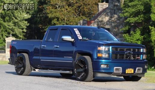 2015 Chevrolet Silverado 1500 - 22x12 -45mm - Tuff T12 - Lowered 2F / 4R - 305/45R22
