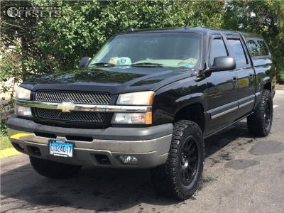 """2005 Chevrolet Silverado 1500 - 20x9 1mm - Fuel Vector - Suspension Lift 4"""" - 35"""" x 12.5"""""""