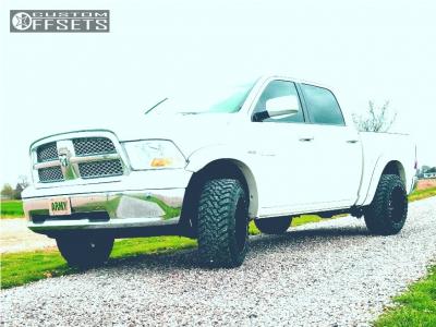 "2009 Dodge Ram 1500 - 20x12 -44mm - Havok H109 - Leveling Kit - 33"" x 12.5"""