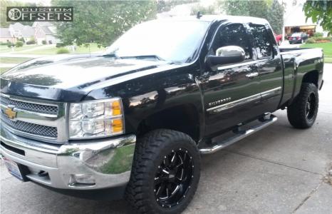 "2013 Chevrolet Silverado 1500 - 20x10 -24mm - Moto Metal MO962 - Suspension Lift 3.5"" - 33"" x 12.5"""