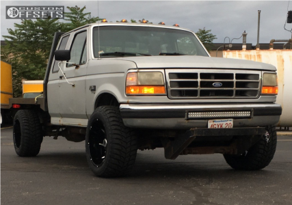 """1997 Ford F-250 Super Duty - 20x12 -51mm - Vision Prowler - Stock Suspension - 33"""" x 12.5"""""""