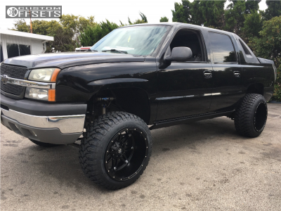 "2004 Chevrolet Avalanche - 22x14 -76mm - Fuel Hostage - Suspension Lift 6.5"" - 35"" x 12.5"""