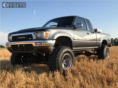 "1990 Toyota Pickup - 15x10 -45mm - Mickey Thompson Classic - Suspension Lift 5"" - 33"" x 12.5"""