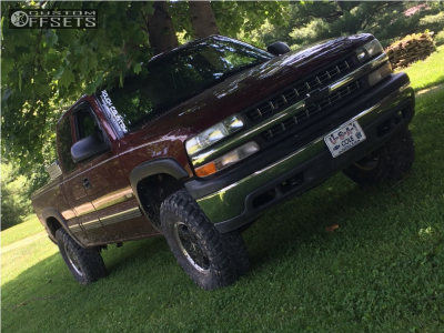 2000 Chevrolet Silverado 1500 - 16x7 31mm - Spaced Out Stockers Spaced Out Stockers - Leveling Kit - 285/75R16