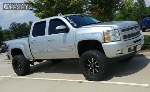 "2010 Chevrolet Silverado 1500 - 20x12 -44mm - Moto Metal Mo970 - Suspension Lift 6"" - 35"" x 12.5"""