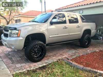 "2007 Chevrolet Avalanche - 20x12 -44mm - Fuel Triton - Suspension Lift 7.5"" - 33"" x 12.5"""