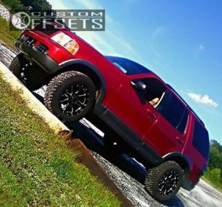 """2003 Ford Explorer - 18x9 -12mm - Gear Off-Road Big Block - Level 2"""" Drop Rear - 285/65R18"""