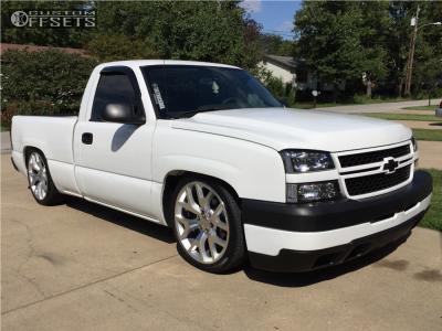 2007 Chevrolet Silverado 1500 Classic - 22x9 27mm - Oe Performance 150 - Lowered 6 F / 8 R - 265/35R22