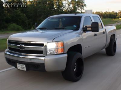 2007 Chevrolet Silverado 1500 - 20x12 -44mm - XD Riot - Leveling Kit - 285/50R20