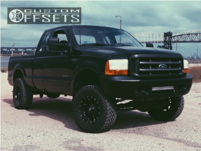 "2001 Ford F-250 Super Duty - 18x9 -12mm - Fuel Hostage - Leveling Kit - 33"" x 12.5"""