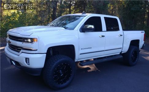 "2016 Chevrolet Silverado 1500 - 20x10 -24mm - XD XD820 - Suspension Lift 6"" - 35"" x 12.5"""
