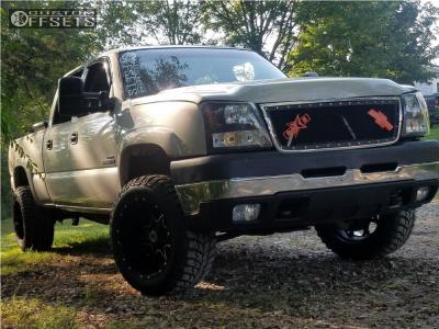 """2007 Chevrolet Silverado 2500 HD Classic - 20x12 -44mm - Scorpion Sc10 - Stock Suspension - 33"""" x 12.5"""""""