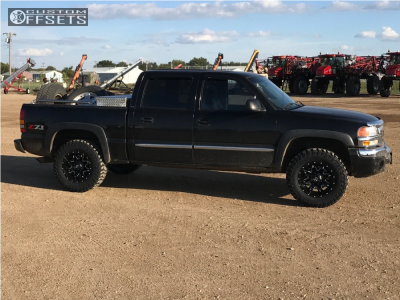 2005 GMC Sierra 1500 Classic - 18x9 -12mm - Fuel Lethal - Leveling Kit - 285/65R18