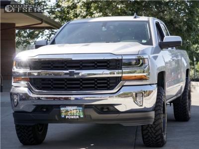 "2016 Chevrolet Silverado 1500 - 18x9 -12mm - Fuel Maverick - Suspension Lift 4"" - 275/70R18"