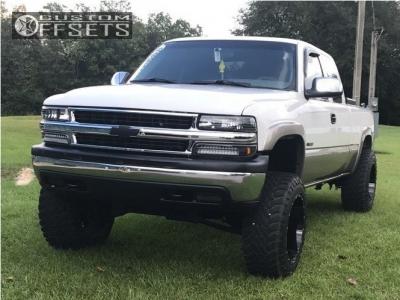 "2000 Chevrolet Silverado 1500 - 20x12 -44mm - Hostile Sprocket - Suspension Lift 6"" - 35"" x 12.5"""