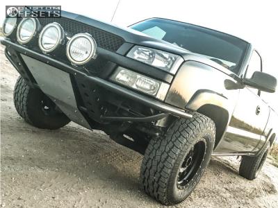 "2004 Chevrolet Silverado 1500 - 17x9 -12mm - Method Standard - Suspension Lift 3"" - 285/70R17"