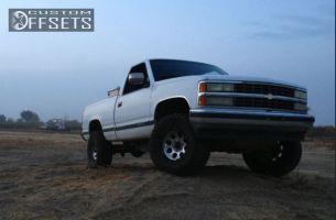 "1990 Chevrolet Silverado 1500 - 16x10 -25mm - Mickey Thompson Classic II - Body Lift 3"" - 33"" x 12.5"""