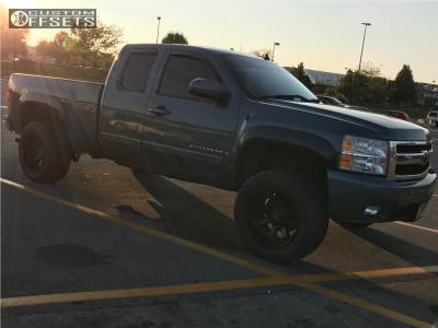 "2008 Chevrolet Silverado 1500 - 20x12 -44mm - Moto Metal Mo984 - Suspension Lift 3.5"" - 305/55R20"