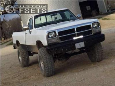 "1989 Dodge W250 - 16x8 -11mm - American Eagle 58 - Suspension Lift 6"" - 315/75R16"