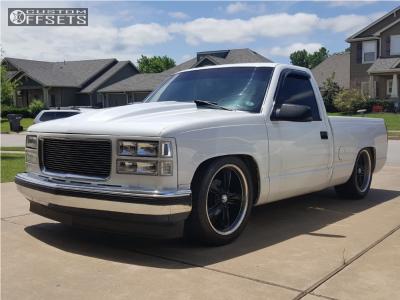 1994 Chevrolet C1500 - 20x8.5 19.05mm - Boss 338 - Lowered 6 F / 8 R - 255/45R20