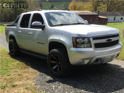 2012 Chevrolet Avalanche - 20x12 -44mm - Fuel Beast - Leveling Kit - 305/50R20