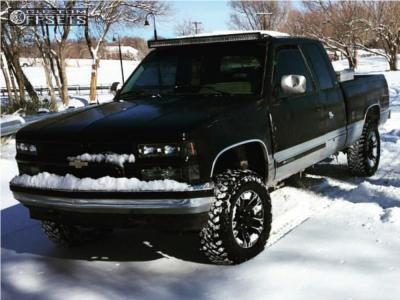 """1994 Chevrolet K1500 - 17x8 0mm - Ultra Maverick - Suspension Lift 4"""" - 265/70R17"""