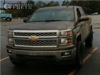 "2014 Chevrolet Silverado 1500 - 20x10 -24mm - Moto Metal Mo971 - Suspension Lift 5"" - 285/55R20"