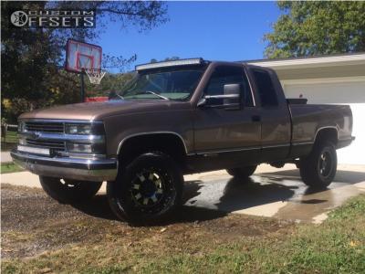 "1997 Chevrolet C1500 - 17x9 -12mm - Gear Off-Road 726m - Suspension Lift 4"" - 33"" x 12.5"""