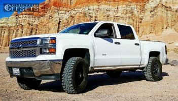 2014 Chevrolet Silverado 1500 - 17x9 -12mm - American Outlaw Deputy - Leveling Kit - 295/70R17