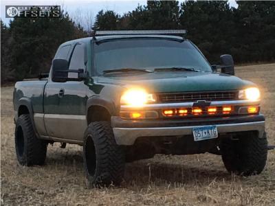 "1999 Chevrolet Silverado 1500 - 20x12 -44mm - TIS 535mb - Leveling Kit - 33"" x 12.5"""