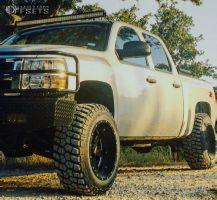 "2011 Chevrolet Silverado 1500 - 20x12 -44mm - Moto Metal MO962 - Suspension Lift 3.5"" - 305/55R20"