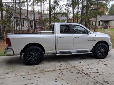 """2010 Dodge Ram 1500 - 20x9 1mm - Fuel Maverick D538 - Leveling Kit - 35"""" x 11.5"""""""