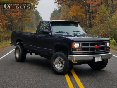 "1994 Chevrolet K1500 - 15x10 -44mm - American Racing AR23 - Body Lift 3"" - 33"" x 12.5"""