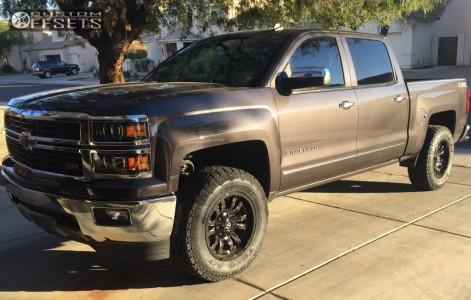 2014 Chevrolet Silverado 1500 - 18x9 -12mm - Fuel Sledge - Leveling Kit - 285/65R18