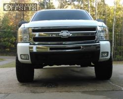 2010 Chevrolet Silverado 1500 - 20x10 -24mm - Fuel Hostage - Leveling Kit - 305/55R20