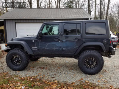 """2017 Jeep Wrangler - 17x9 0mm - Red Dirt Road Rd01 - Stock Suspension - 37"""" x 12.5"""""""