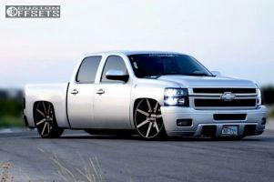 2009 Chevrolet Silverado 1500 - 26x10 30mm - Dub Future - Lowered 6 F / 8 R - 255/30R26