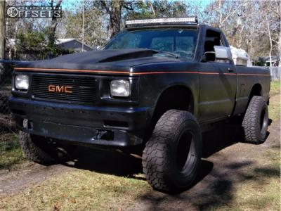 "1988 Chevrolet S10 - 15x12 -63mm - Bart Super Trucker - Body Lift 3"" - 33"" x 13.5"""