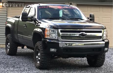 """2008 Chevrolet Silverado 1500 - 17x9 -12mm - XD Spy - Leveling Kit & Body Lift - 33"""" x 12.5"""""""