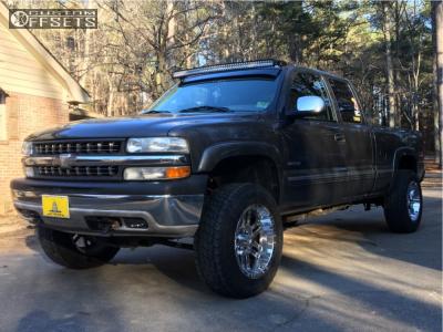 """2002 Chevrolet Silverado 1500 - 20x10 -18mm - Moto Metal Mo951 - Body Lift 3"""" - 275/65R20"""