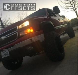 """2006 Chevrolet Silverado 1500 - 20x12 -44mm - Fuel Hostage - Suspension Lift 6"""" - 35"""" x 12.5"""""""