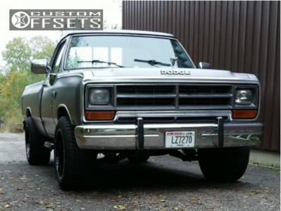 1989 Dodge D250 - 20x12 -44mm - Gear Off-Road Big Block - Leveling Kit - 305/50R20