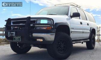 """2000 Chevrolet Suburban 2500 - 16x8 0mm - Xd Xd122 - Suspension Lift 5"""" - 33"""" x 12.5"""""""