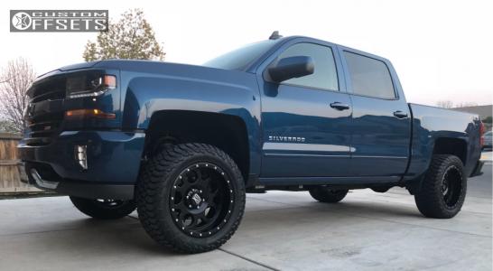 2018 Chevrolet Silverado 1500 - 20x10 -24mm - XD Xd126 - Leveling Kit - 285/55R20