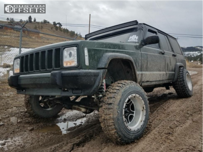 """1996 Jeep Cherokee - 15x10 -44mm - Pacer Navigator - Suspension Lift 6.5"""" - 235/75R15"""