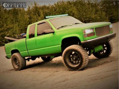 "1998 Chevrolet K1500 - 20x12 -44mm - Fuel Octane - Suspension Lift 6.5"" - 35"" x 12.5"""