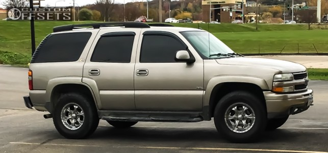 2002 Chevrolet Tahoe - 17x8 -6mm - Helo He791 - Stock Suspension - 295/70R17