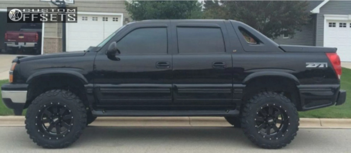 "2004 Chevrolet Avalanche - 20x12 -44mm - Moto Metal Mo962 - Suspension Lift 6"" - 35"" x 12.5"""