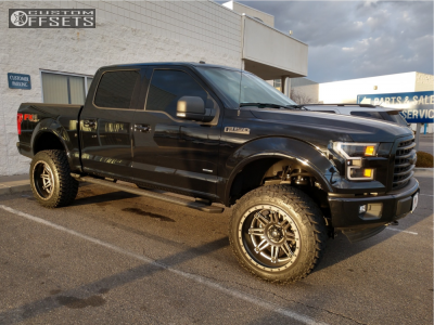 """2017 Ford F-150 - 22x12 -44mm - Fuel Hostage - Suspension Lift 6"""" - 35"""" x 12.5"""""""